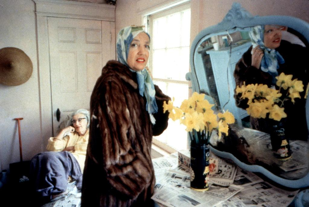 "<a href=""http://movies.yahoo.com/movie/1808483104/info""></a><span style=""text-decoration:underline;""></span><a href=""http://movies.yahoo.com/movie/grey-gardens/"">GREY GARDENS</a> (1975)<br>Directed by: David Maysles, Albert Maysles, Ellen Hovde and Muffie Meyer<a href=""http://movies.yahoo.com/movie/contributor/1800070301""></a><br><br>Courtesy of direct cinema pioneers Albert and David Maysles, this discomforting documentary chronicles the everyday lives of a reclusive mother-daughter duo (big and little Edie) who cohabitate in a dilapidated, cat-and-raccoon-infested manse, reminisce about their failed socialite pasts, and allow a camera crew to observe each and every one of their peculiarities. A cult classic? Yes. An intimate portrait for the ages? Undoubtedly. A fly-on-the-wall masterpiece that any documentary film and/or reality TV fan must see? Most definitely!"