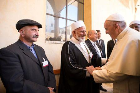 Pope urges all to unite in peace prayers whenever they can