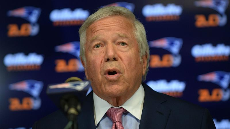 Patriots owner Robert Kraft compares acquiring Brandin Cooks to Randy Moss