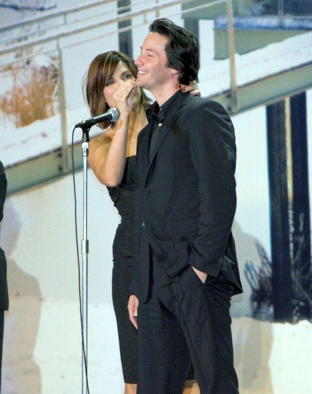 Keanu Reeves and Sandra Bullock's close bond is still going strong after 25 years.