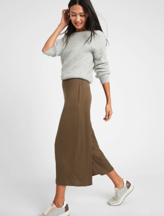 """<br><br><strong>Banana Republic</strong> Ribbed-Knit Wide-Leg Lounge Pant, $, available at <a href=""""https://go.skimresources.com/?id=30283X879131&url=https%3A%2F%2Ffave.co%2F2TZxils"""" rel=""""nofollow noopener"""" target=""""_blank"""" data-ylk=""""slk:Banana Republic"""" class=""""link rapid-noclick-resp"""">Banana Republic</a>"""