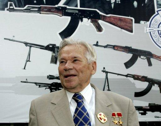 Mikhail Kalashnikov at an event at a firearms factory in Izhevsk, Russia on August 7, 2007