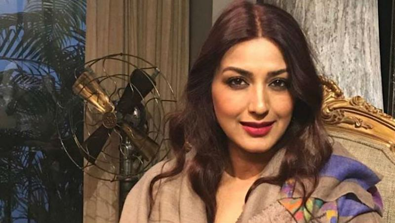 Sonali Bendre Looks Beautiful as a Bride in This Throwback Picture Shared by Her on Wedding Anniversary (View Pics)