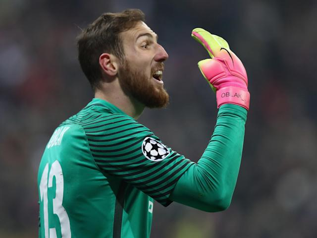 Manchester United want to sign Atletico Madrid's Jan Oblak to replace David de Gea if he leaves for Real Madrid