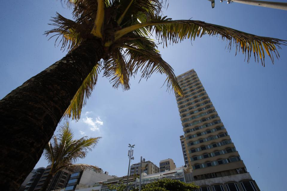 The Caesar Park hotel, where the Netherlands soccer squad is staying for the FIFA 2014 World Cup, is pictured in Ipanema neighborhood in Rio de Janeiro February 10, 2014. REUTERS/Sergio Moraes Moraes (BRAZIL - Tags: SPORT SOCCER WORLD CUP)