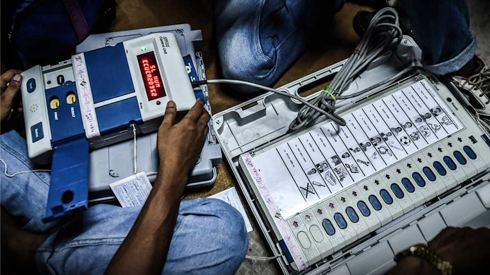 No FIR filed after Chennai corporation employees found with EVMs