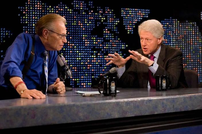 """FILE - In this April 19, 2007, file photo supplied by CNN, Larry King interviews former President Bill Clinton, right, on CNN's """"Larry King Live,"""" in New York. After 25 years of """"Larry King Live,"""" Larry King will hang up his suspenders with his last broadcast on Thursday, Dec. 16, 2010."""