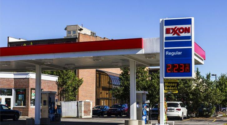 Safe Haven Dividend Stock To Buy: Exxon Mobil (XOM)