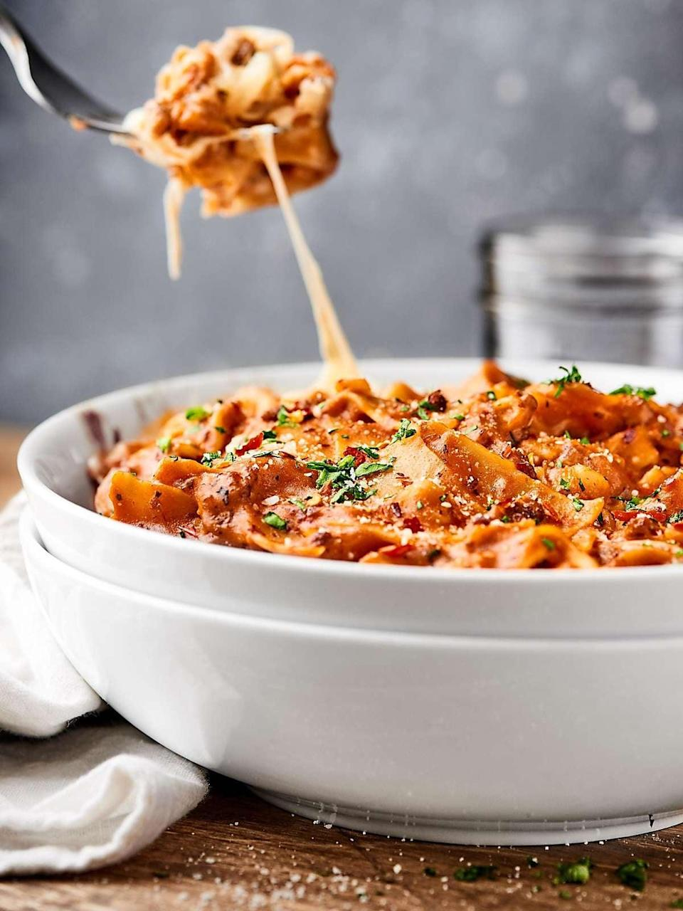 """<p>Make lasagna easier than ever with the help of this divine recipe. Italian sausage, zesty spices, fresh tomatoes, red wine, and cheese work together to make this one-pot wonder a dinner you won't soon forget. This recipe is easy to tweak, so just type in the amount of people you want to feed, and your work here is done.</p> <p><strong>Get the recipe:</strong> <a href=""""https://showmetheyummy.com/one-pot-lasagna-recipe/"""" class=""""link rapid-noclick-resp"""" rel=""""nofollow noopener"""" target=""""_blank"""" data-ylk=""""slk:one-pot lasagna"""">one-pot lasagna</a></p>"""