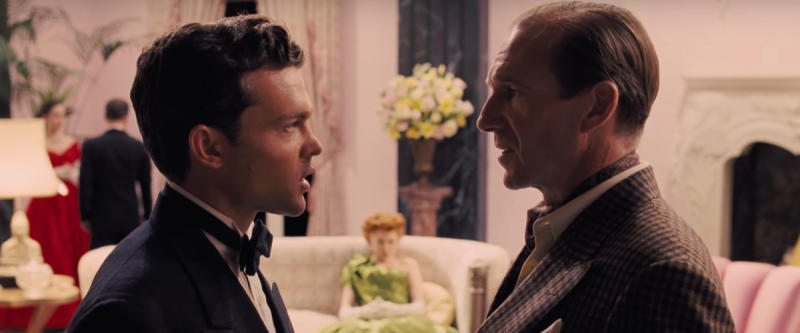 Hobie Doyle (Alden Ehrenreich) opposite Laurence Laurentz (Ralph Fiennes) in the Coen Brothers' 'Hail Caesar!' (Credit: Universal Pictures)