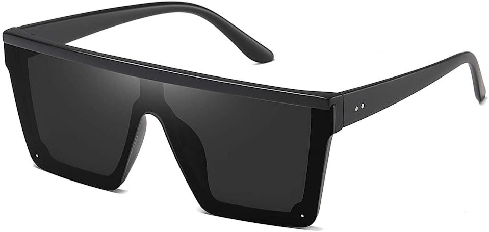 """<p>How stunning are these <span>STORYCOAST Square Oversized Sunglasses in Matte Black</span> ($15)!? Even <a class=""""link rapid-noclick-resp"""" href=""""https://www.popsugar.com/Kim-Kardashian"""" rel=""""nofollow noopener"""" target=""""_blank"""" data-ylk=""""slk:Kim Kardashian"""">Kim Kardashian</a> wore a similar style!</p>"""