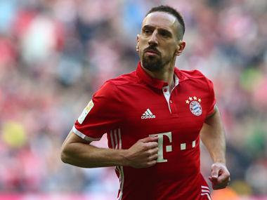 Serie A: Franck Ribery banned for three games for pushing assistant referee after Fiorentina's late loss to Lazio