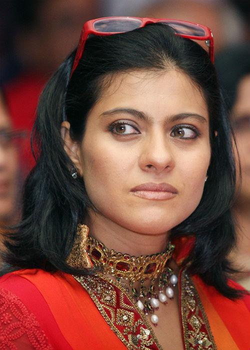 <b>Kajol: (Unified brows)</b><br> Kajol's unified brow look seems done and dusted! B-town's yummy mommy has been hitting it hard in terms of fashion, sporting bright hues, sexy gowns and trendy hairstyles, but we wonder why she never tries to experiment with her brows! A little bit of gap between the brows could make a huge difference.