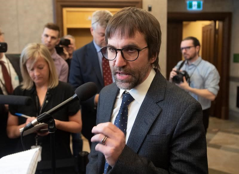 'Some people were confused' about media-licensing comment, says Guilbeault
