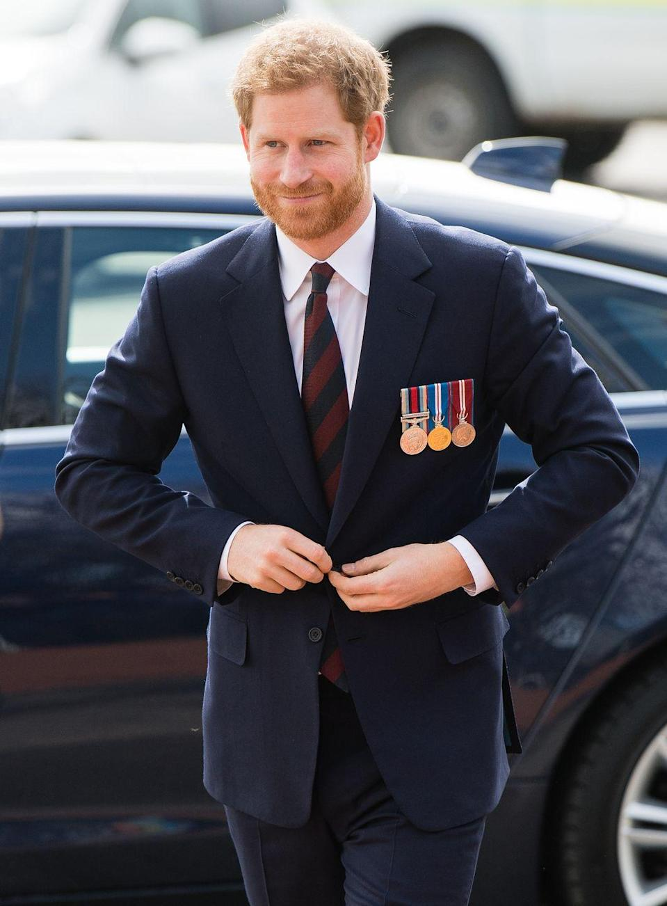 <p>Bearded Prince Harry is the only Prince Harry we want.</p>