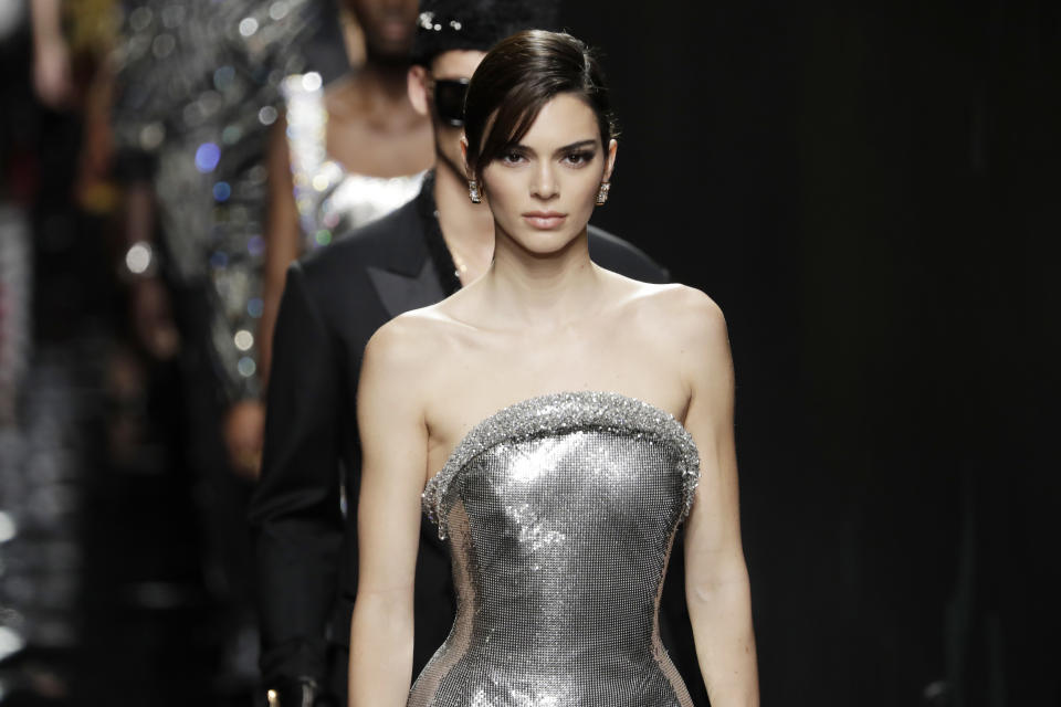 MILAN, ITALY - FEBRUARY 21: Kendall Jenner walks the runway during the Versace fashion show as part of Milan Fashion Week Fall/Winter 2020-2021 on February 21, 2020 in Milan, Italy. (Photo by John Phillips/WireImage)