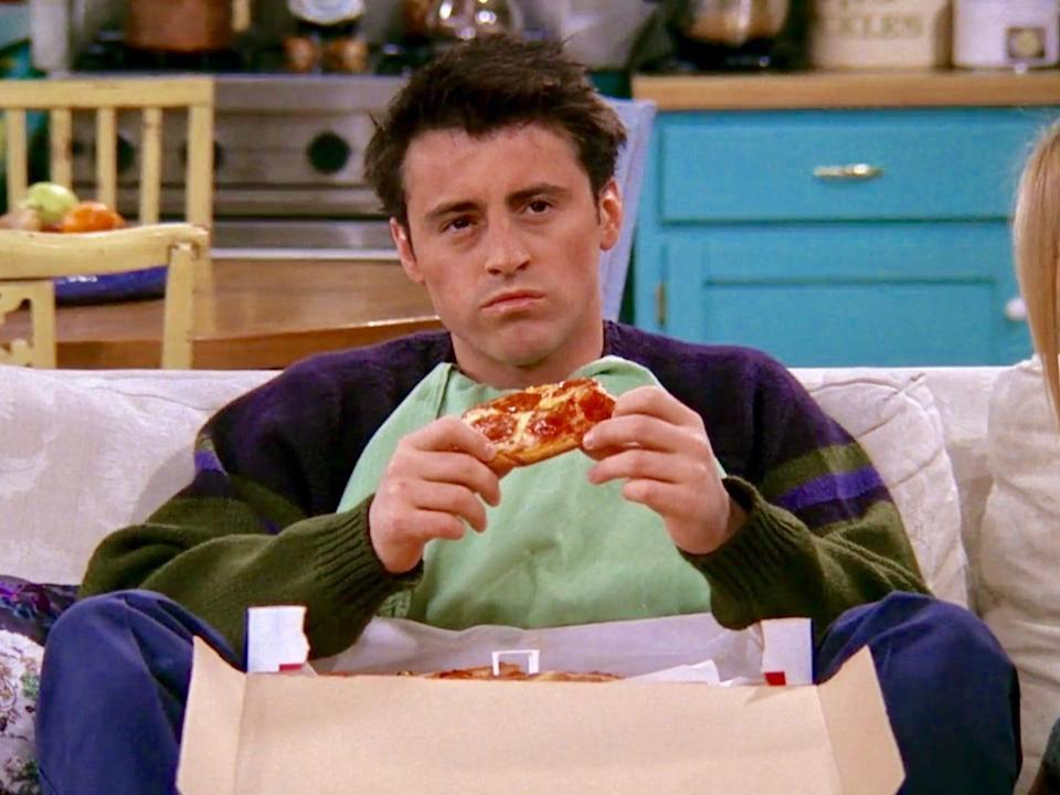 joey friends pizza