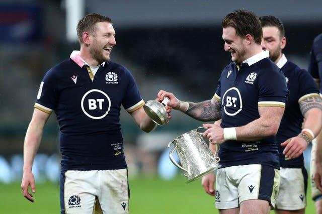 Scotland's Finn Russell and Stuart Hogg with the Calcutta Cup