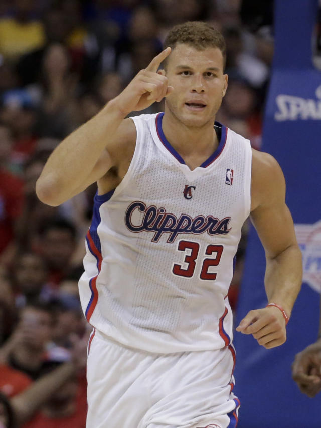 Los Angeles Clippers forward Blake Griffin celebrate a basket against the Golden State Warriors during the second half in Game 2 of an opening-round NBA basketball playoff series in Los Angeles, Monday, April 21, 2014. (AP Photo/Chris Carlson)
