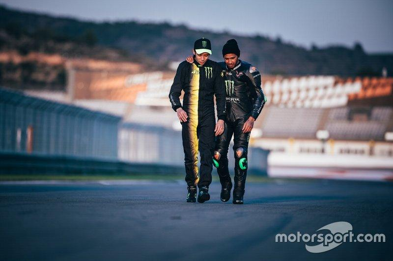 "Lewis Hamilton, Valentino Rossi<span class=""copyright"">Monster Energy</span>"