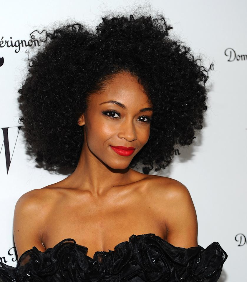 <p>Always sporting a chic natural look on the red carpet, Yaya's simple and healthy 'fro complimented her classic look for a <em>W Magazine</em> event.</p>
