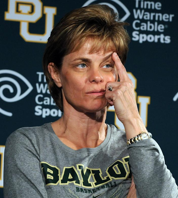 Baylor head women's coach Kim Mulkey annouces she was diagnosed with Bell's Palsy during a news conference in Waco, Texas, Thursday, March 29, 2012. Baylor will play Stanford in an NCAA tournament Final Four semifinal college basketball game on Sunday. (AP Photo/Waco Tribune Herald, Rod Aydelotte)