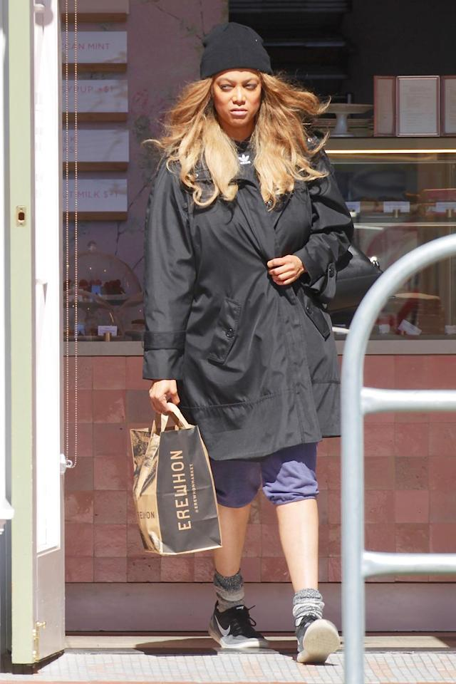 <p>On Wednesday in L.A., Tyra Banks hits up celeb-favorite organic grocer Erewhon Market with boyfriend Louis Bélanger-Martin (not pictured).</p>