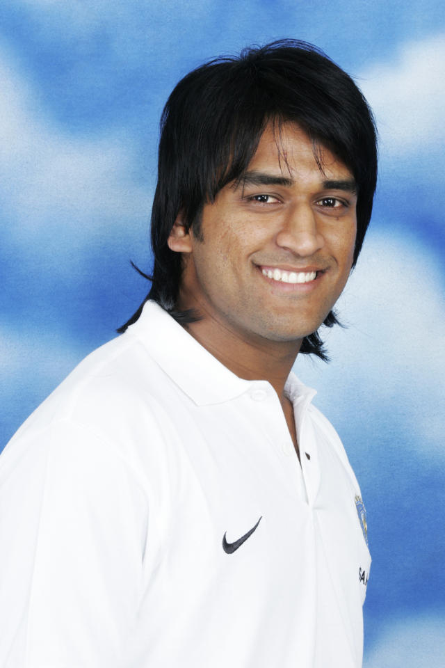 MUMBAI (BOMBAY), INDIA - OCTOBER 2: A headshot of Mahendra Singh Dhoni of India taken ahead of the ICC Champions Trophy on October 2, 2006 in Mumbai, India. (Photo by Pradeep Mandhani/Getty Images)