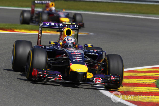 "33. El Red Bull Racing RB10 de F1 de 2014 <span class=""copyright"">Charles Coates / Motorsport Images</span>"