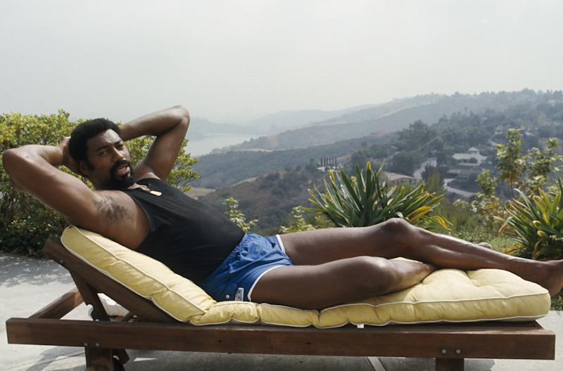 Has Tinder Boosted the Performance of NBA Players?