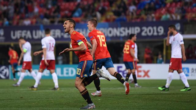 There were goals galore in Group A as Spain and Italy saw off Poland and Belgium respectively.