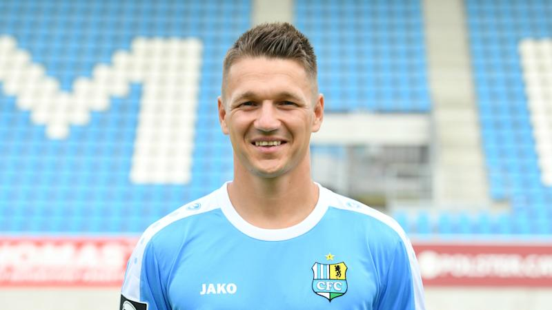 German club Chemnitzer sack captain over far-right show of support