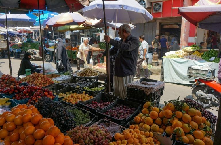 Iraq closed its border crossings to goods from its neighbours in mid-March and that has helped the agriculture ministry accelerate a campaign to make markets self-sustainable