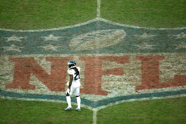 The Eagles announced on Monday that top cornerback Ronald Darby is out for the rest of the season with a torn ACL. (Getty Images)