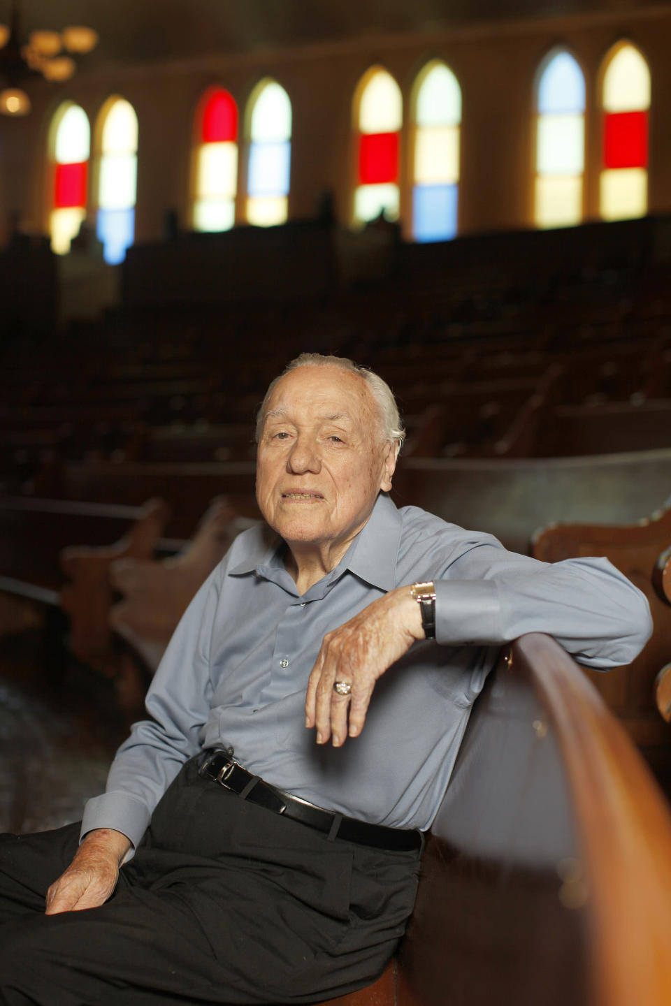 FILE - In this July 8, 2010 photo, Earl Scruggs poses for a portrait at the Ryman Auditorium in Nashville, Tenn. Scruggs' son Gary said his father passed away Wednesday morning, March 28, 2012 at a Nashville, Tenn., hospital of natural causes. He was 88. (AP Photo/Josh Anderson, File)