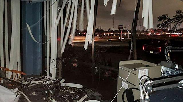 Tornadoes hit Texas, 1 person dead after storms in Arkansas (ABC News)