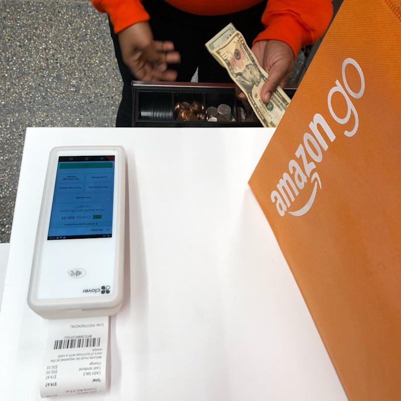 Amazon Go accepts cash payment in New York (Krystal Hu/ Yahoo Finance)