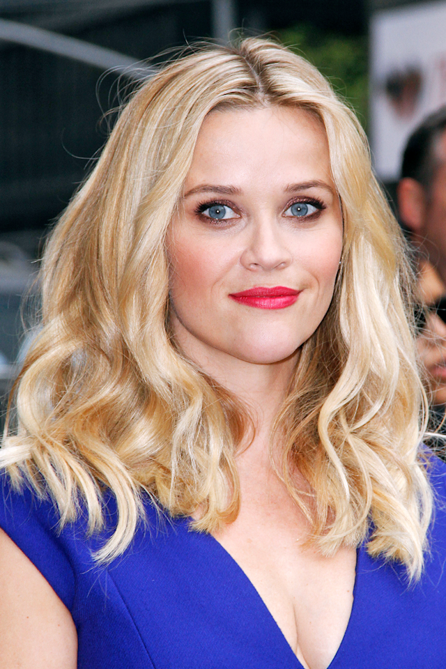 <p>Creamy blonde hair, like Reese Witherspoon's, has been spiking on our social feeds this month, and for good reason: The milky blend of platinum and blonde is the perfect transitional shade for  any bleach-blondes <strong>looking to go a bit darker for fall, without having to deal with a huge contrast shock.</strong></p>