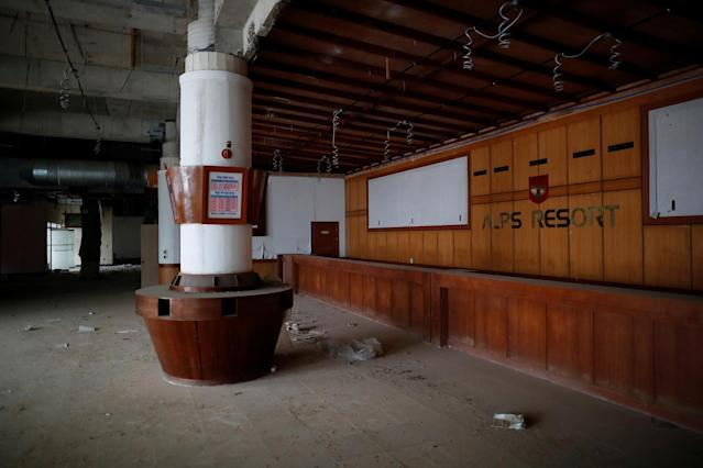 <p>A reception desk of the abandoned Alps Ski Resort is seen near the demilitarized zone separating the two Koreas in Goseong, South Korea, Jan. 17, 2018. (Photo: Kim Hong-Ji/Reuters) </p>