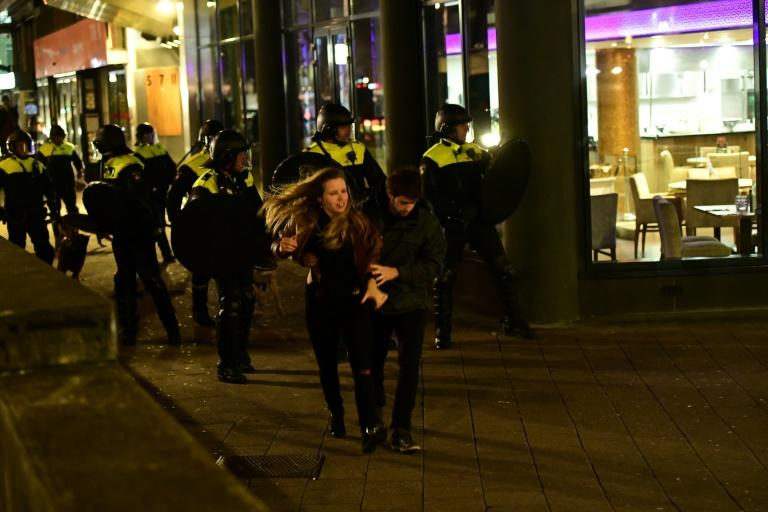 A demonstration by over 1,000 people close to the Turkish consulate in Rotterdam turned violent as authorities barred Turkish ministers from visiting