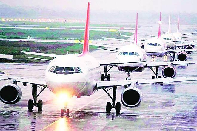 Moodys Investors Service, MIS, moody on india, passenger traffic, Delhi International Airport, credit profile, debt funded expansion plan, delhi airport, DGCA, Dial, AAI, airports authority