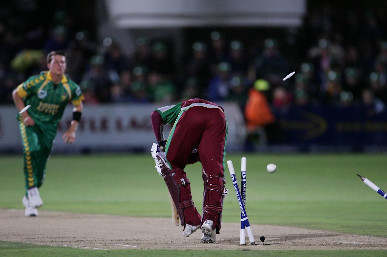 PORT ELIZABETH, SOUTH AFRICA - DECEMBER 16:  Renako Morton of the West Indies is bowled by Dale Steyn of South Africa during the Standard Bank International Pro20 match between South Africa and West Indies held at Sahara Oval December 16, 2007 in St Georges, Port Elizabeth, South Africa. (Photo by Duif du Toit/Gallo Images/Getty Images)