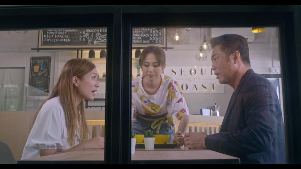 Vivian Lai, Bonnie Loo and Zheng Geping in Channel 8 drama The Heartland Hero. (Photo: Mediacorp)