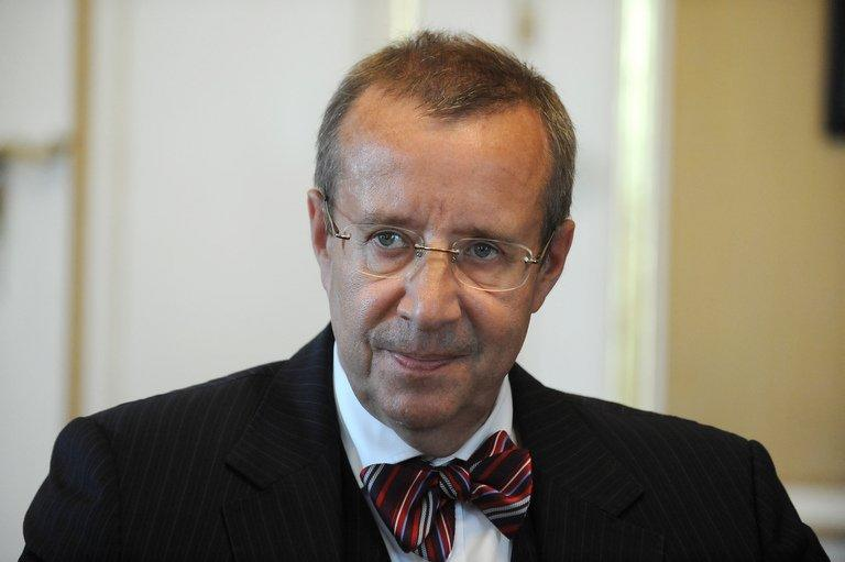Estonian President Toomas Hendrik Ilves speaks on September 4, 2012