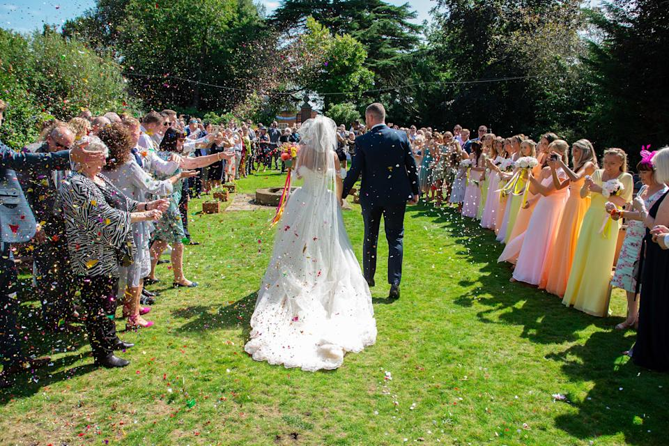 The bride couldn't narrow down her closest friends, so had them all (Caters)