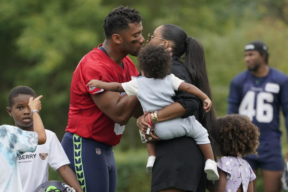 Russell Wilson and Ciara at Seahawks practice.