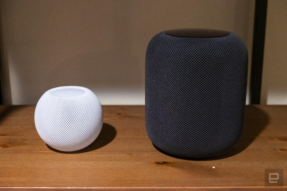 Apple HomePod mini and HomePod