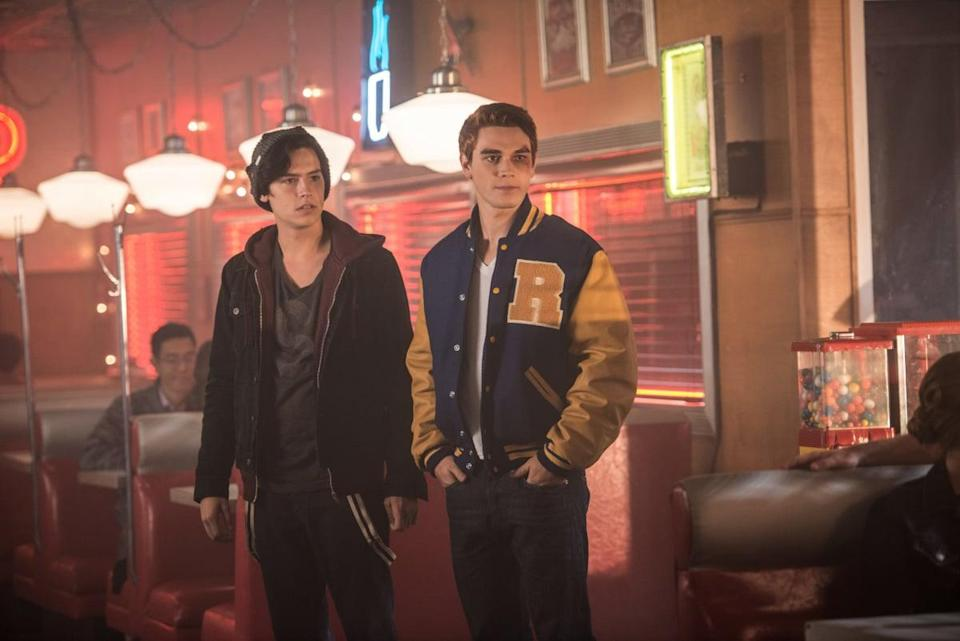 """<ul> <li><strong>What to wear for Jughead:</strong> Leather jacket, dark hoodie, dark shirt, and jeans with a crown-shaped beanie.</li> <li><strong>What to wear for Archie:</strong> White shirt, jeans, and a varsity jacket. Make sure your hair is red or you'll be mistaken for any other <a class=""""link rapid-noclick-resp"""" href=""""https://www.popsugar.co.uk/Riverdale"""" rel=""""nofollow noopener"""" target=""""_blank"""" data-ylk=""""slk:Riverdale"""">Riverdale</a> Bulldog. </li> </ul>"""