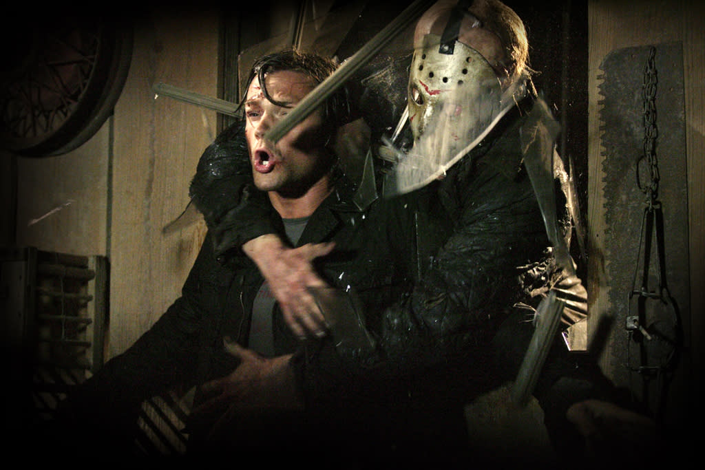 """1. <a href=""""http://movies.yahoo.com/movie/1810022022/info"""">FRIDAY THE 13TH</a>  Total Gross: $380,637,525  Number of Films: 12  Average Gross: $31,719,794"""