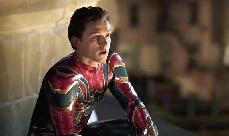Peter misses Tony Stark in Far From Home (credit: Sony Pictures)